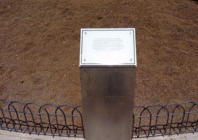 Placa-conmemorativa-de-inauguración-del-parque