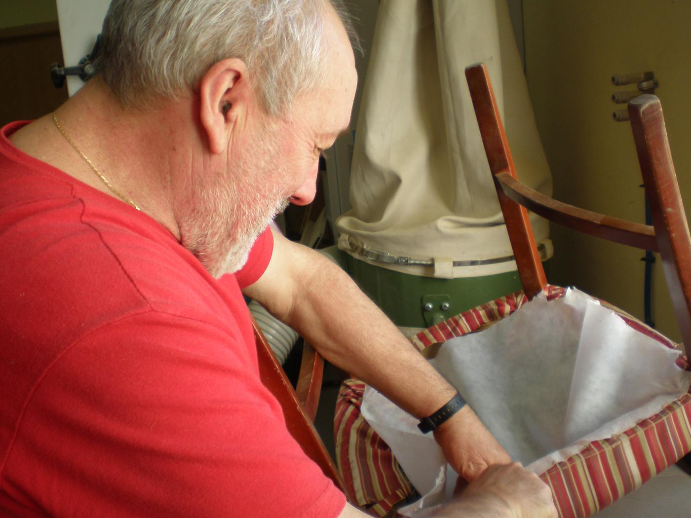 Rehabilitación-de-sillas-para-García-Baquero-2