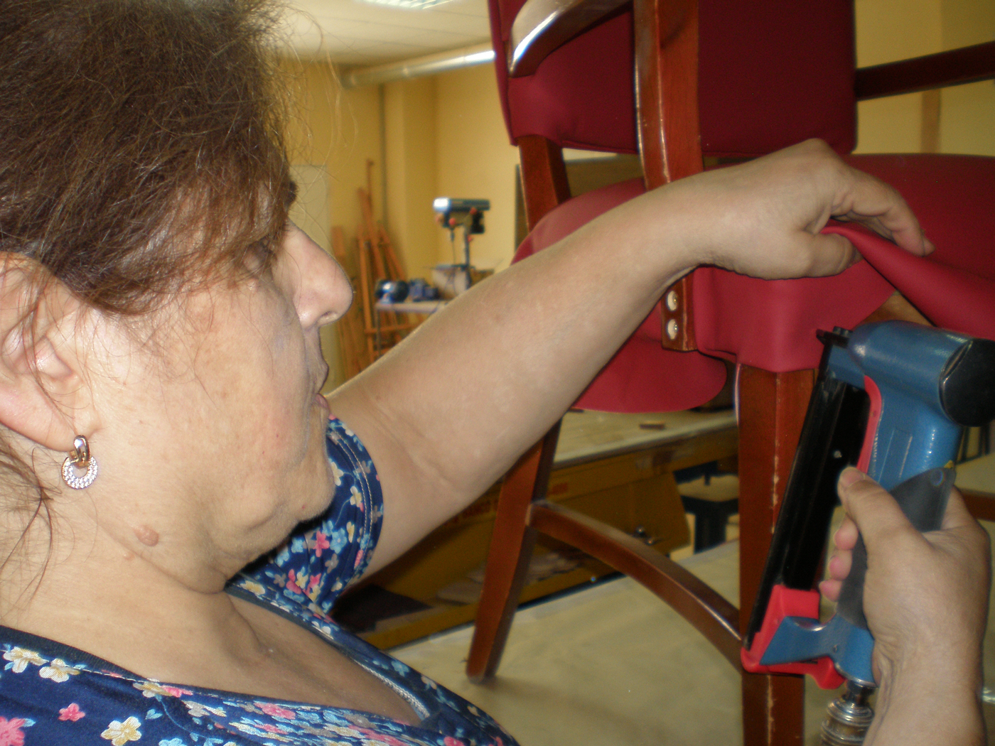 Rehabilitación-de-sillas-para-García-Baquero-4