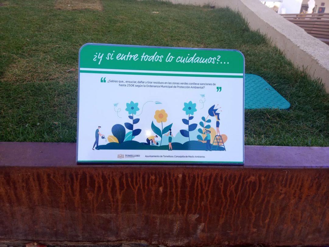 Señalética de normativa de uso Plaza de España Tomelloso