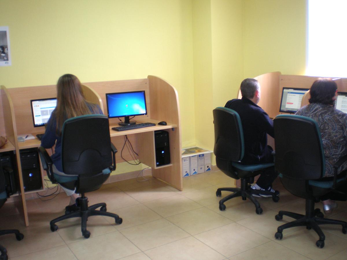 Agencia-de-colocación-Fundación-Cadisla-5