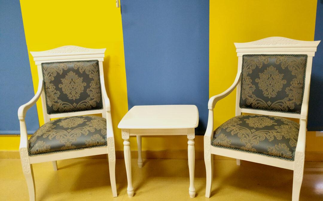 Restauración de mesas y sillones